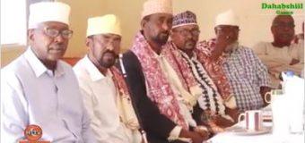 Salaadiin, ugaasyo, cuqaal Baaq nabadeed ka diraya magaalada Hargeysa, una Diraya walaalaha Xeraale